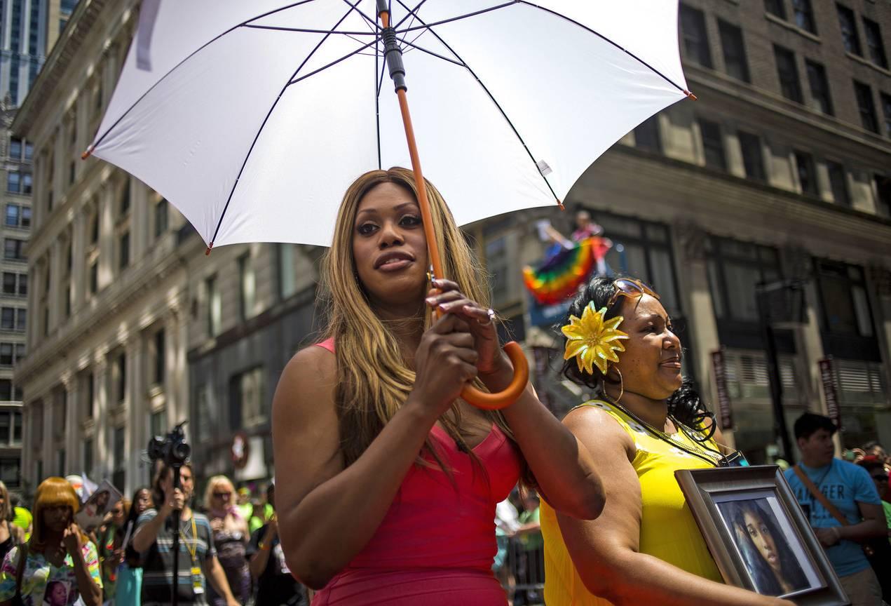 Exámenes físicos homosexuales lesbianas peruanas