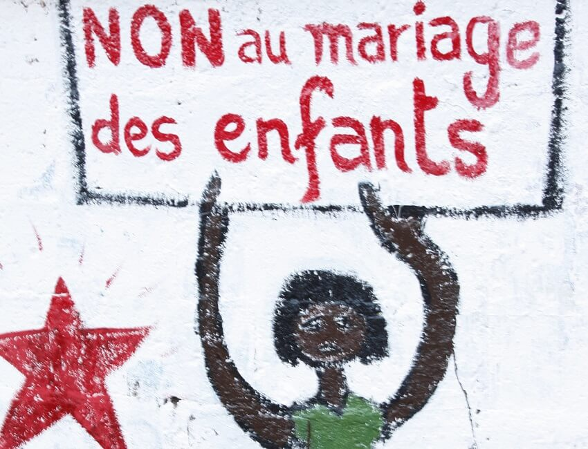 Cartel contra el matrimonio infantil